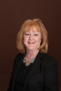 Terri Reynolds Headshot